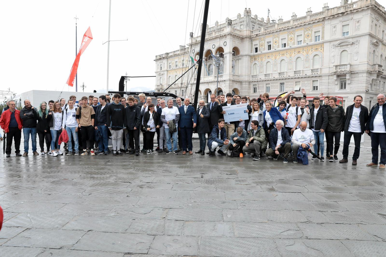 Sustainable City - 100 studenti di 3 istituti differenti per una Trieste resiliente dal punto di vista ambientale. Scopri il concorso e il progetto vincitore.